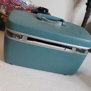 Royal Traveler Blue Vintage Overnight Bag